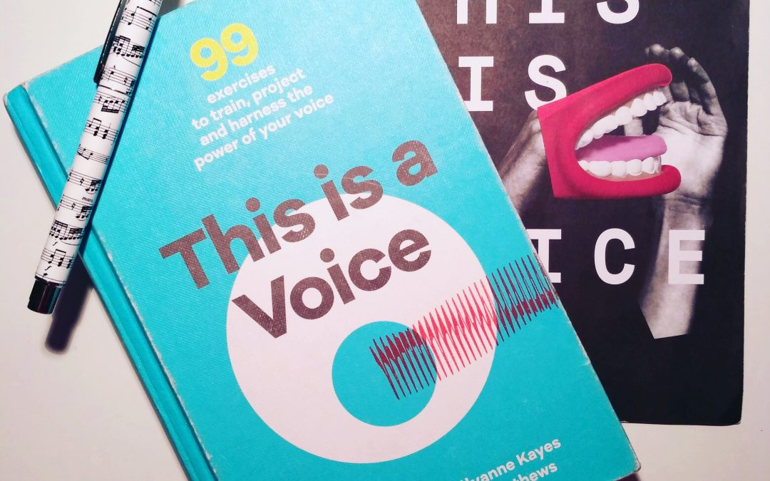 Reseña de «This is a voice»